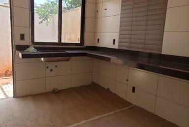 Foto Casa Geminada de 3 quartos à venda no Planalto em Belo Horizonte - Imagem 01