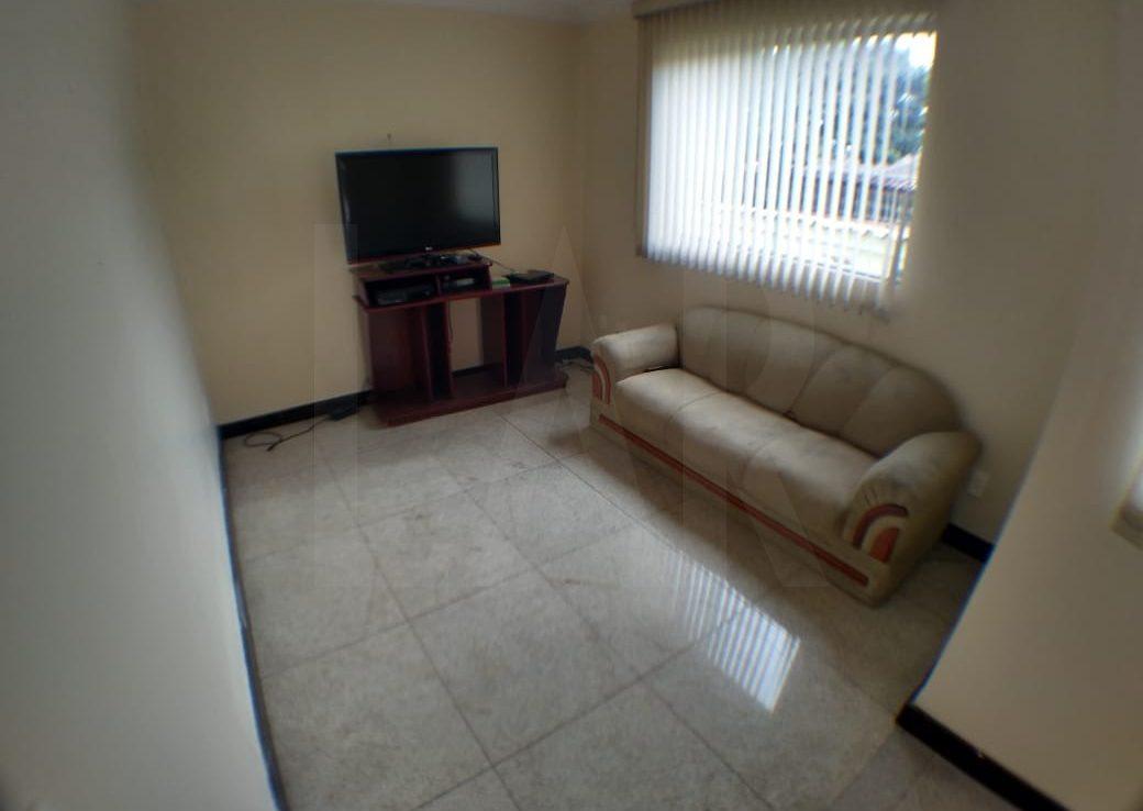 Foto Casa de 3 quartos à venda no Monsenhor Messias em Belo Horizonte - Imagem 02
