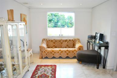 Foto Casa de 4 quartos à venda no Renascença em Belo Horizonte - Imagem 01
