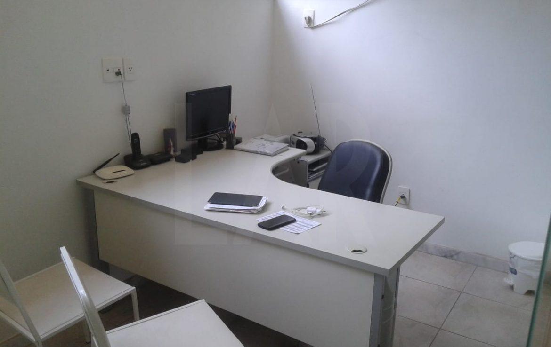 Foto Sala para alugar no Lourdes em Belo Horizonte - Imagem 02
