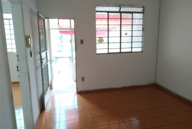 Foto Casa de 3 quartos para alugar no Carlos Prates em Belo Horizonte - Imagem 01