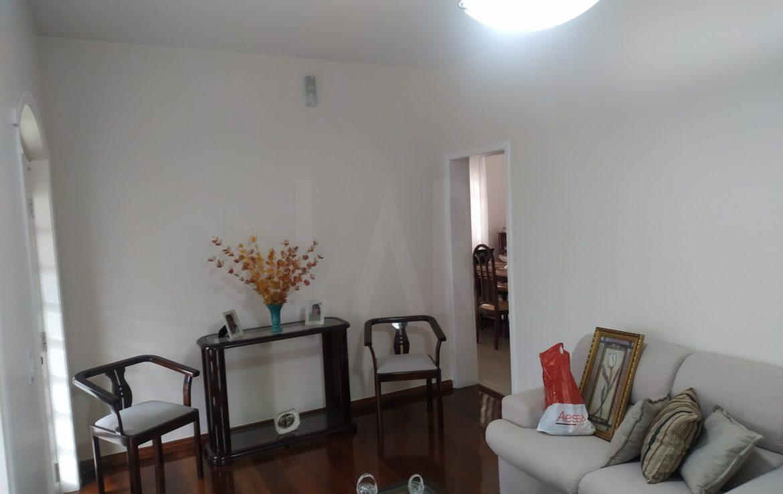 Foto Casa de 3 quartos para alugar no Floramar em Belo Horizonte - Imagem 02