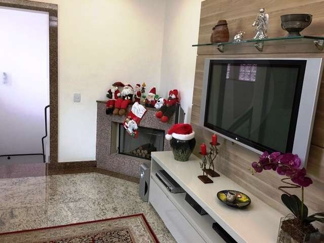 Foto Casa de 4 quartos à venda no Serra em Belo Horizonte - Imagem 03