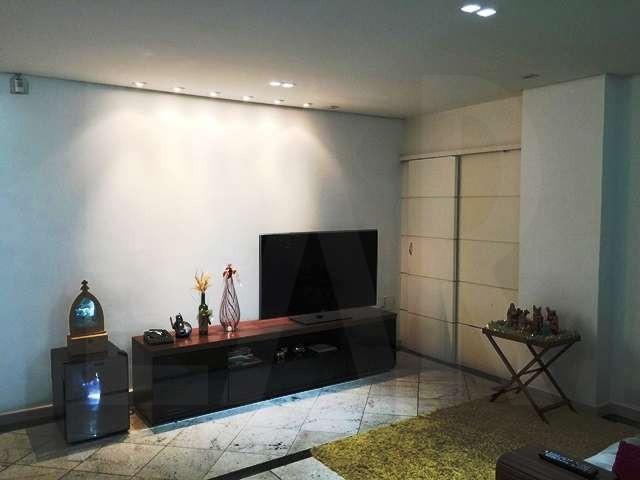 Foto Casa de 4 quartos à venda no Serra em Belo Horizonte - Imagem 04