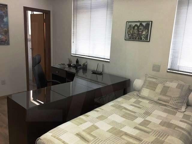 Foto Casa de 4 quartos à venda no Serra em Belo Horizonte - Imagem 08
