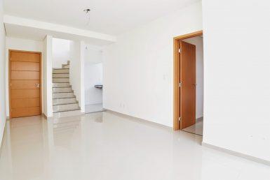 Foto Cobertura de 3 quartos à venda no Ana Lúcia em Sabará - Imagem 01