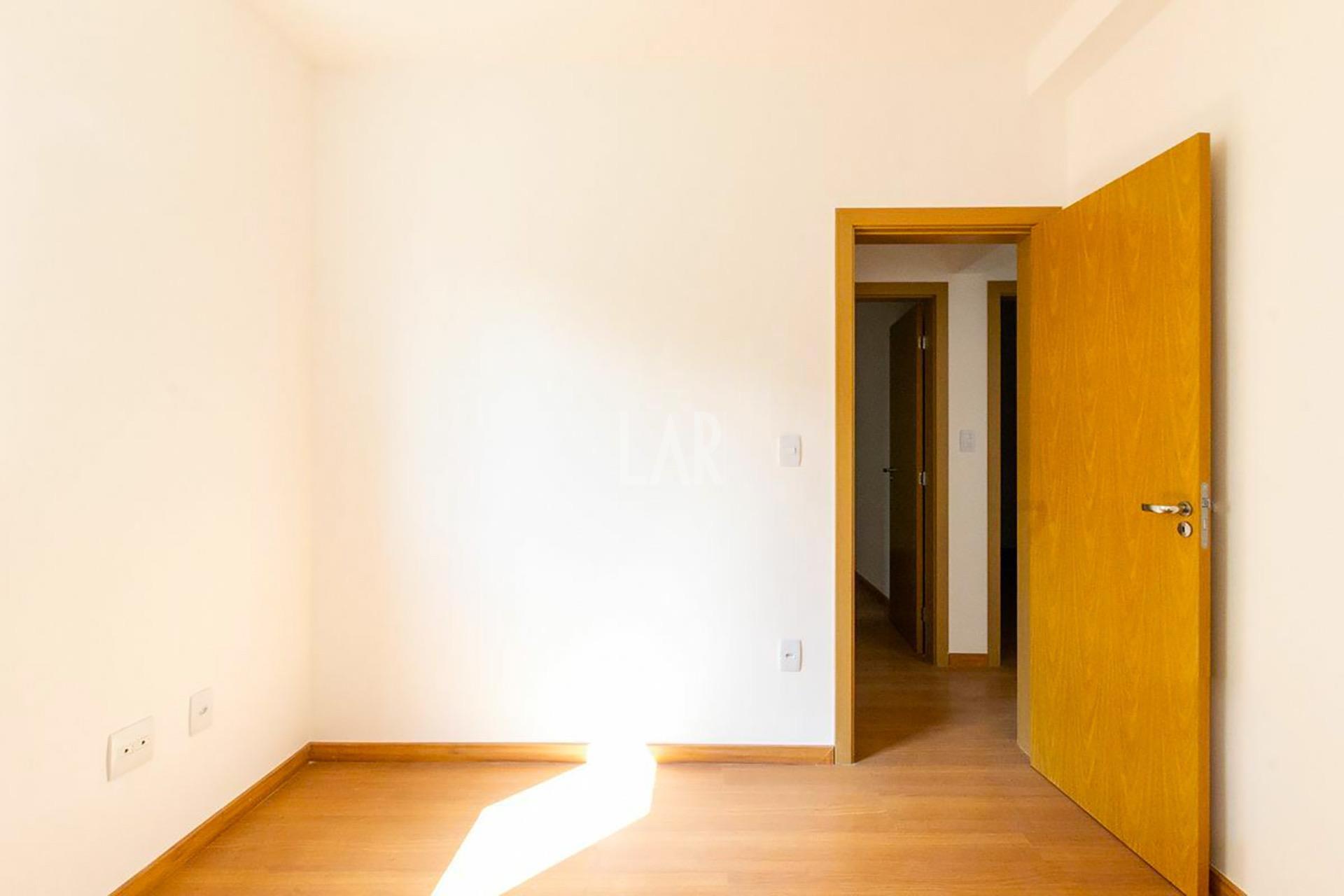 Foto Apartamento de 3 quartos à venda no Colégio Batista em Belo Horizonte - Imagem 04