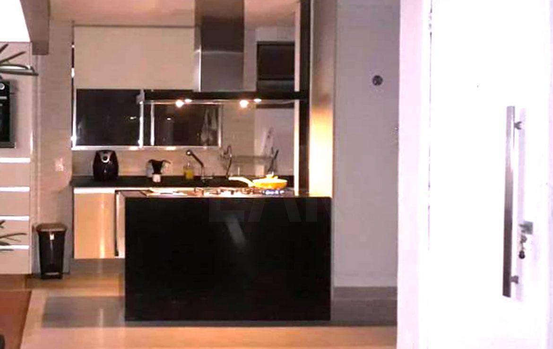 Foto Apartamento de 3 quartos à venda no Santo Antônio em Belo Horizonte - Imagem 04