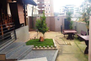Foto Casa Comercial de 4 quartos à venda no Nova Suiça em Belo Horizonte - Imagem 01