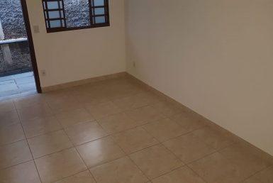 Foto Casa de 2 quartos para alugar no Copacabana em Belo Horizonte - Imagem 01