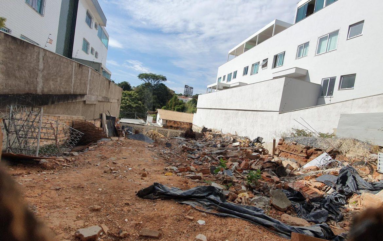 Foto Apartamento de 3 quartos à venda no Santa Amelia em Belo Horizonte - Imagem 02