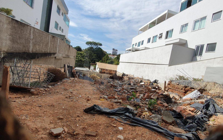 Foto Apartamento de 3 quartos à venda no Santa Amelia em Belo Horizonte - Imagem 03