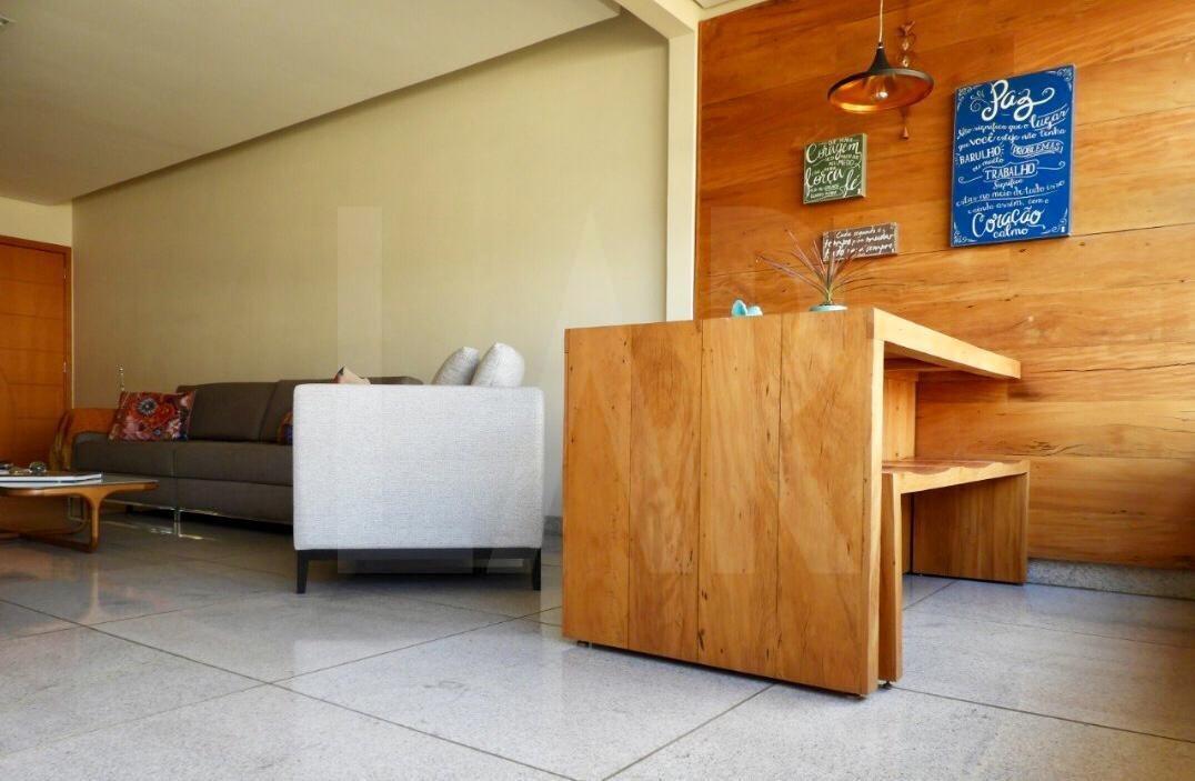 Foto Apartamento de 4 quartos à venda no Santo Antônio em Belo Horizonte - Imagem 05