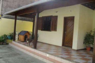 Foto Casa de 3 quartos para alugar no Glória em Belo Horizonte - Imagem 01