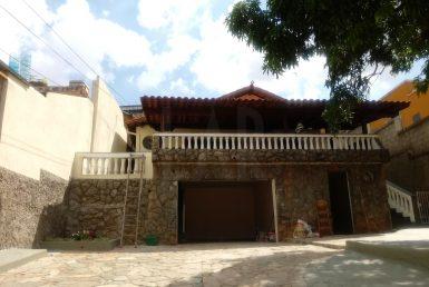 Foto Casa de 3 quartos para alugar no Jardim America em Belo Horizonte - Imagem 01