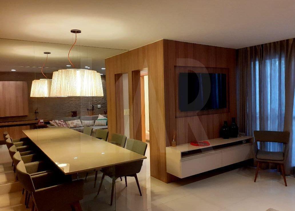 Foto Apartamento de 3 quartos à venda no Lourdes em Belo Horizonte - Imagem 03