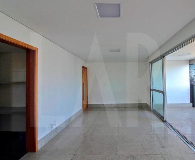 Foto Apartamento de 4 quartos à venda na Savassi em Belo Horizonte - Imagem 03