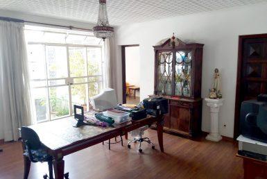 Foto Casa de 7 quartos à venda na Floresta em Belo Horizonte - Imagem 01