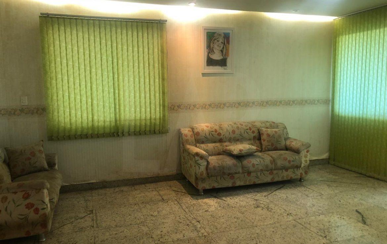 Foto Casa de 6 quartos para alugar no Nova Suiça em Belo Horizonte - Imagem 02