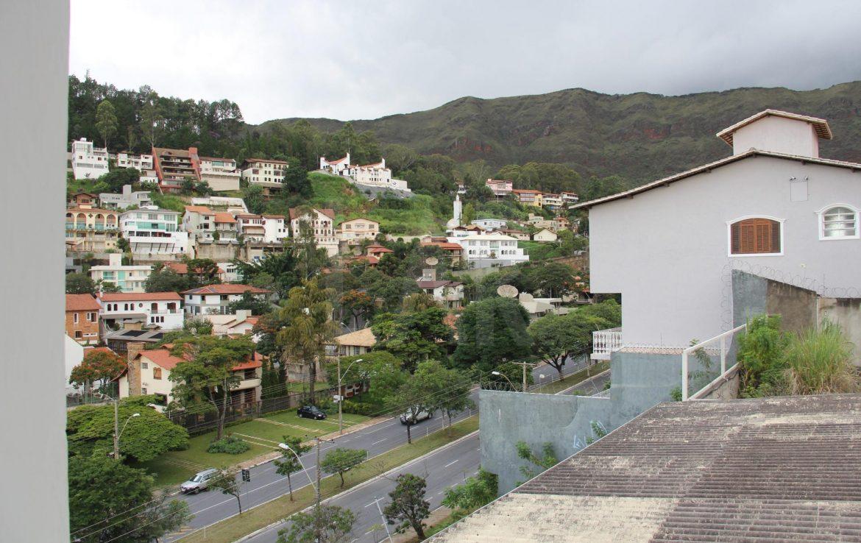 Foto Casa de 5 quartos para alugar no Mangabeiras em Belo Horizonte - Imagem