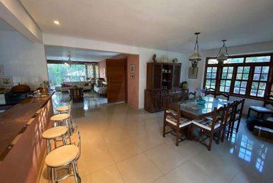 Foto Casa de 4 quartos para alugar no Braúnas em Belo Horizonte - Imagem 01