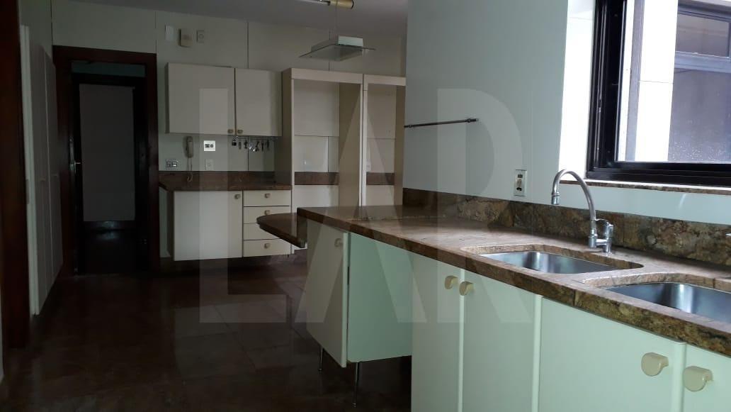 Foto Apartamento de 4 quartos para alugar na Savassi em Belo Horizonte - Imagem 07