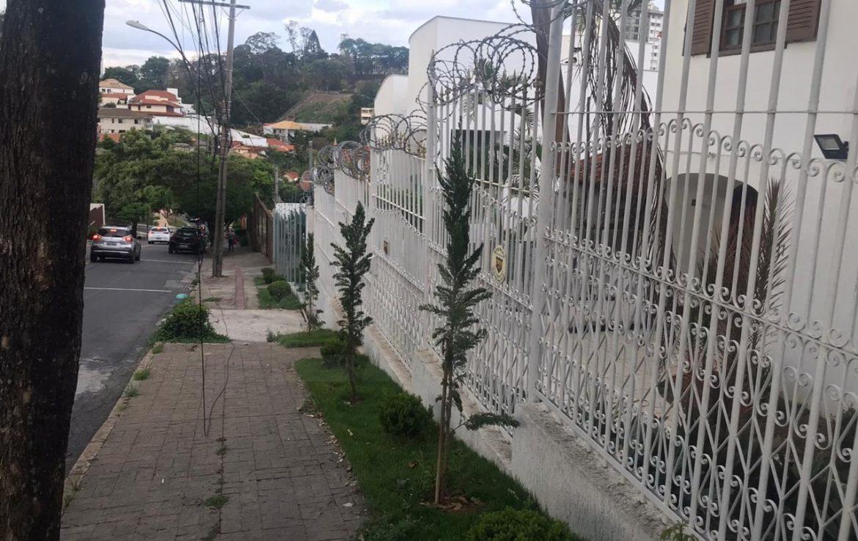 Foto Casa de 6 quartos à venda no São Bento em Belo Horizonte - Imagem