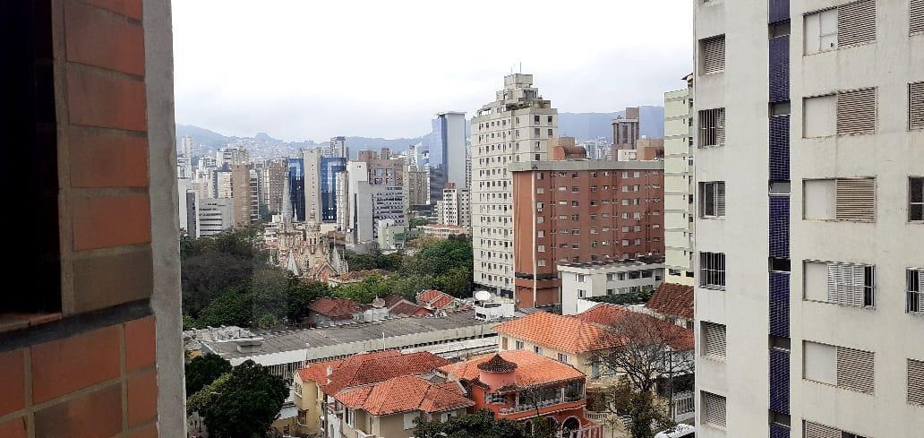 Foto Flat de 1 quarto para alugar no Lourdes em Belo Horizonte - Imagem