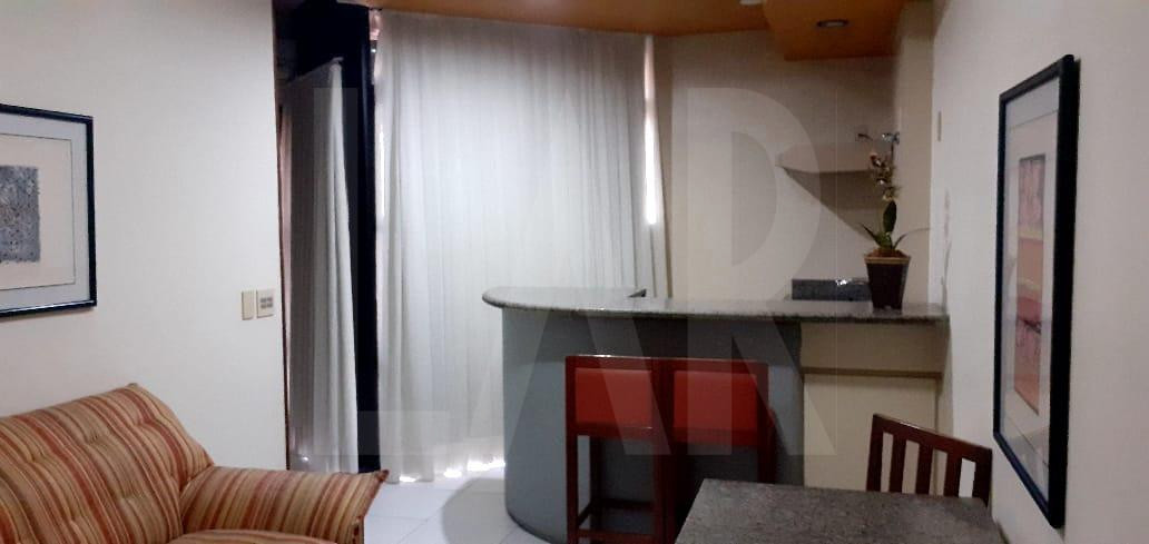 Foto Flat para alugar no Lourdes em Belo Horizonte - Imagem 02