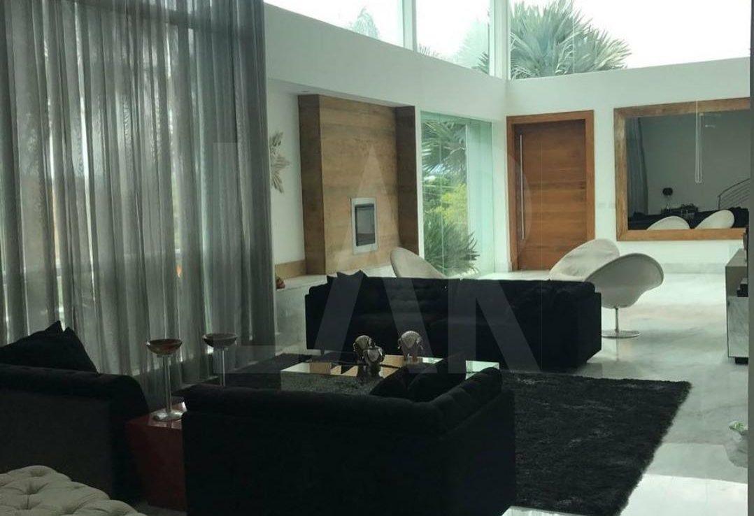 Foto Casa de 4 quartos à venda no Bandeirantes (Pampulha) em Belo Horizonte - Imagem 02