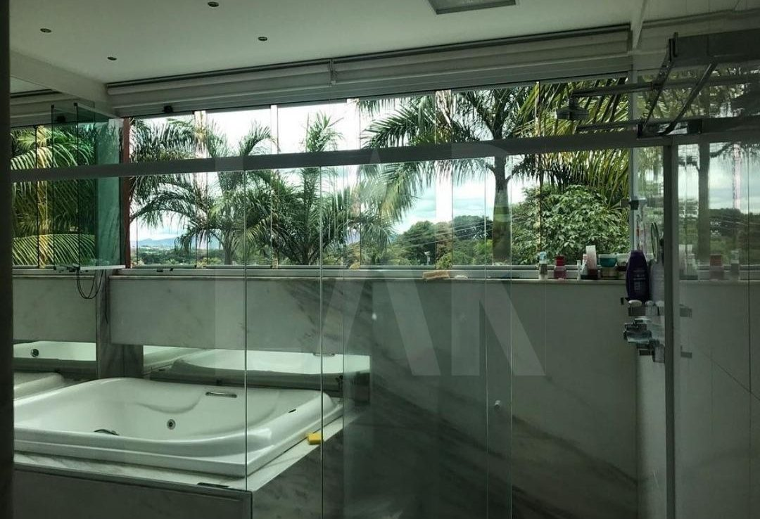 Foto Casa de 4 quartos à venda no Bandeirantes (Pampulha) em Belo Horizonte - Imagem 04