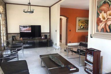 Foto Casa de 4 quartos à venda no Colégio Batista em Belo Horizonte - Imagem 01