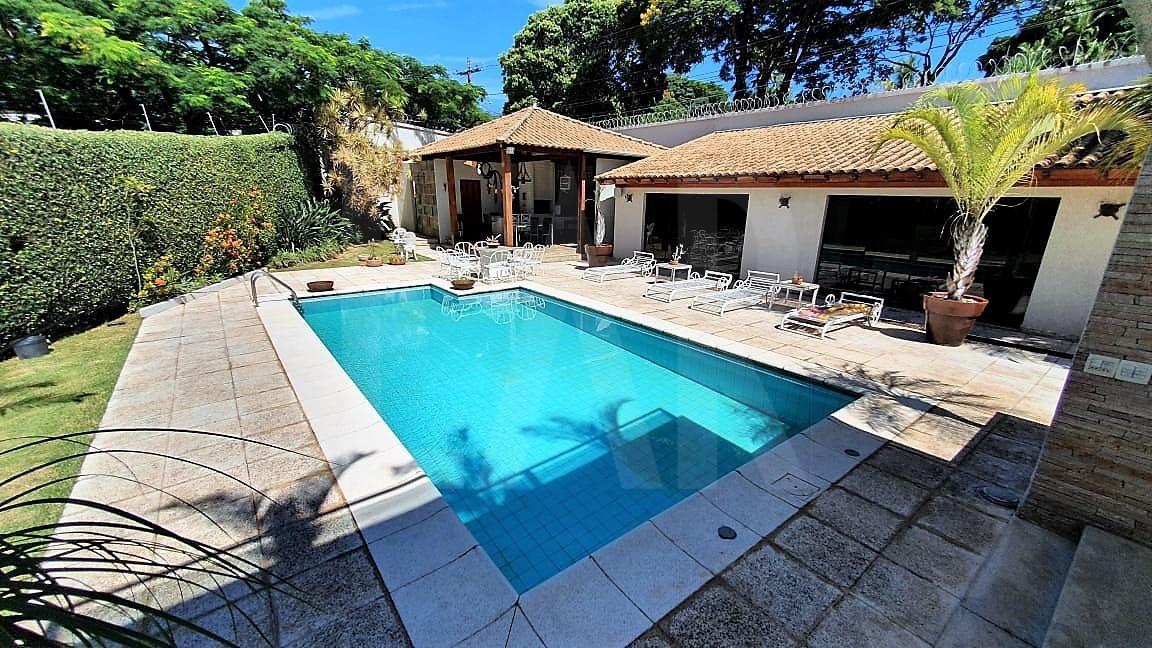 Foto Casa de 6 quartos à venda no Bandeirantes (Pampulha) em Belo Horizonte - Imagem