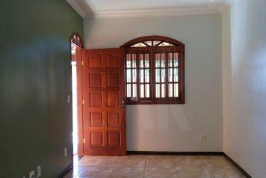 Foto Casa Geminada de 3 quartos à venda no Serrano em Belo Horizonte - Imagem 01
