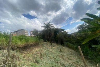 Foto Lote - Terreno à venda no Alto Caiçaras em Belo Horizonte - Imagem 01
