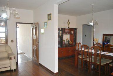 Foto Casa de 4 quartos à venda no Jardim Guanabara em Belo Horizonte - Imagem 01