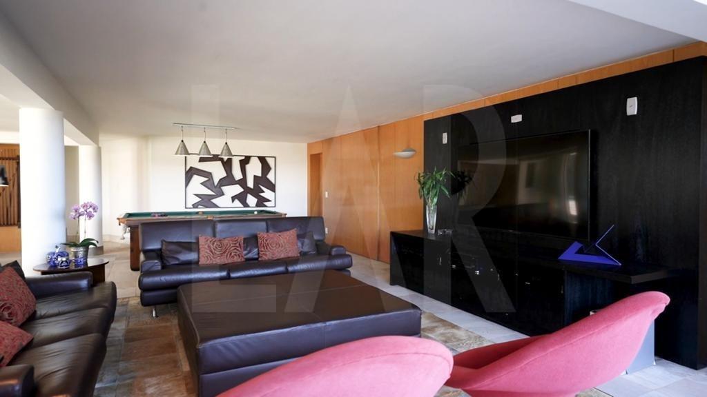 Foto Casa de 5 quartos à venda no São Luiz em Belo Horizonte - Imagem 02