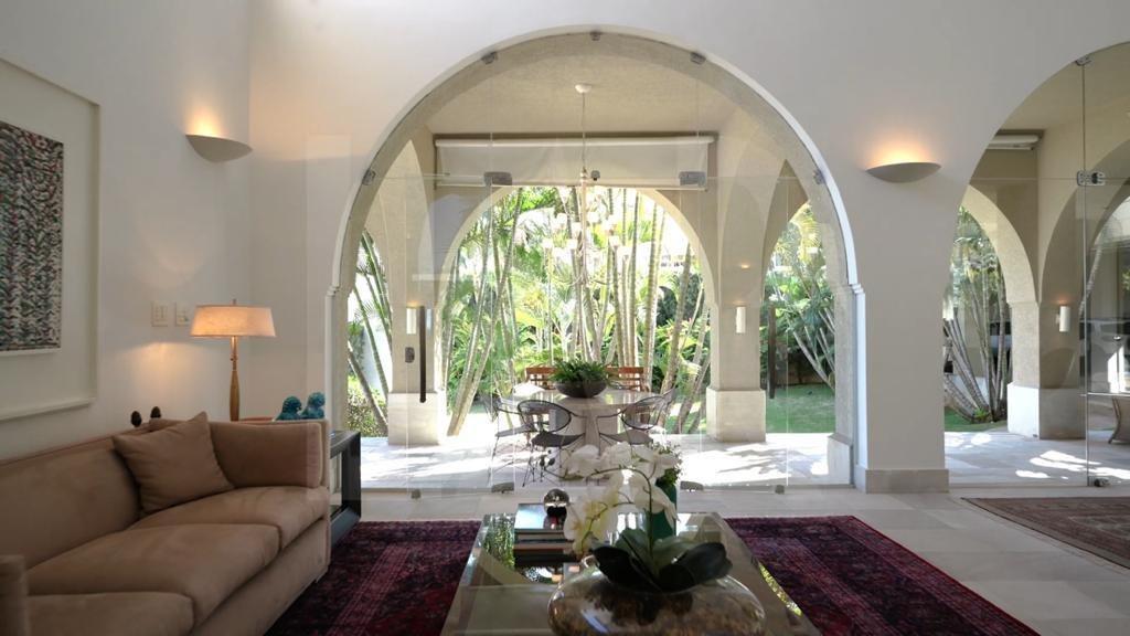 Foto Casa de 5 quartos à venda no São Luiz em Belo Horizonte - Imagem 03