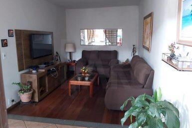 Foto Casa de 7 quartos à venda no Alto Caiçaras em Belo Horizonte - Imagem 01