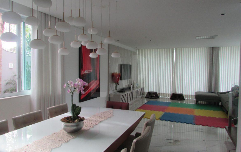 Foto Casa de 4 quartos à venda no São Luiz em Belo Horizonte - Imagem 03