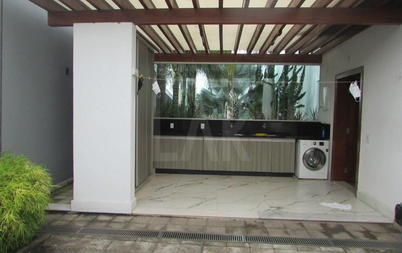Foto Casa de 4 quartos à venda no São Luiz em Belo Horizonte - Imagem