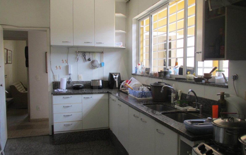 Foto Casa de 3 quartos à venda no São Luiz em Belo Horizonte - Imagem