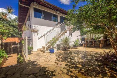 Foto Casa de 6 quartos à venda no Itapoã em Belo Horizonte - Imagem 01