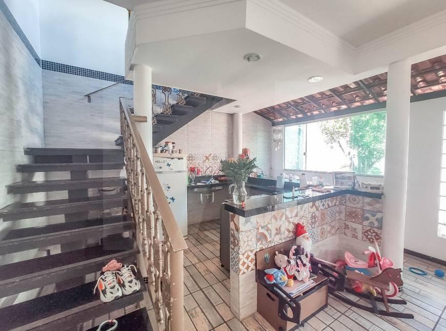 Foto Casa de 6 quartos à venda no Itapoã em Belo Horizonte - Imagem 09