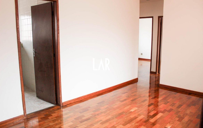 Foto Apartamento de 3 quartos à venda na Floresta em Belo Horizonte - Imagem 02