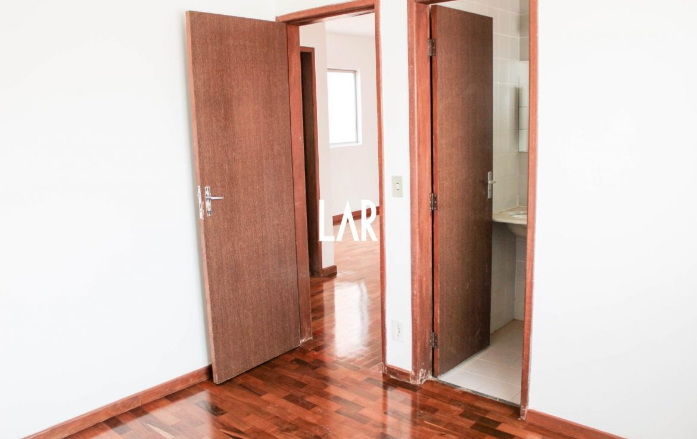 Foto Apartamento de 3 quartos à venda na Floresta em Belo Horizonte - Imagem 05