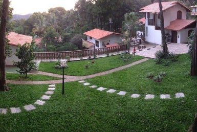 Foto Casa em Condomínio de 3 quartos para alugar no Retiro Do Chale em Brumadinho - Imagem 01