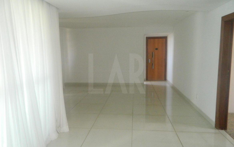 Foto Apartamento de 4 quartos para alugar no Belvedere em Belo Horizonte - Imagem 02