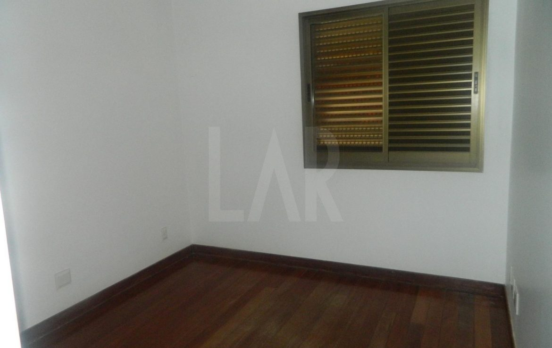 Foto Apartamento de 4 quartos para alugar no Belvedere em Belo Horizonte - Imagem 05