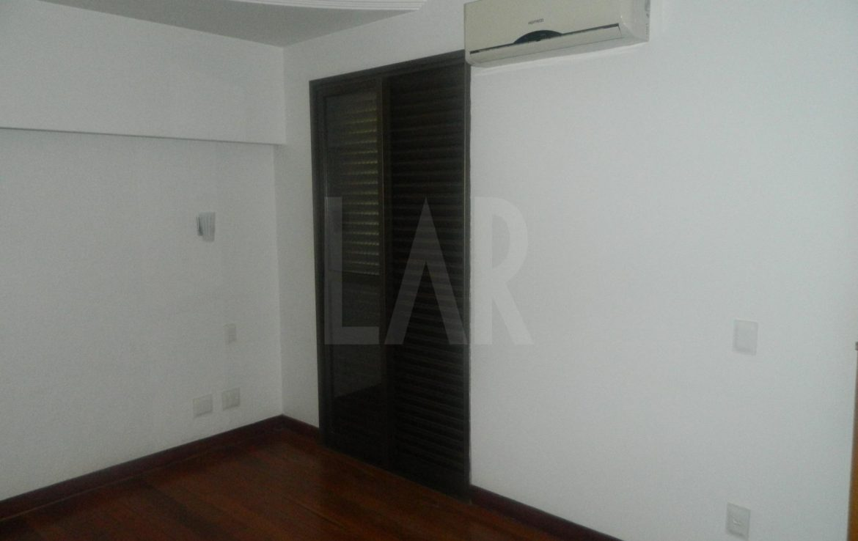 Foto Apartamento de 4 quartos para alugar no Belvedere em Belo Horizonte - Imagem 09